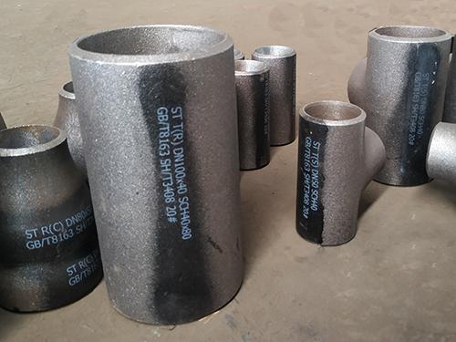 321不銹鋼無縫三通-山東碳鋼厚壁三通價格