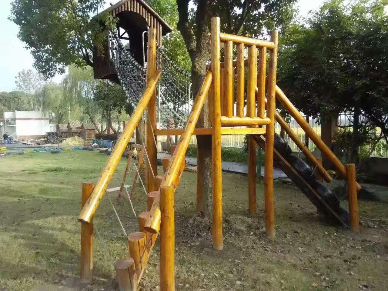 户外景区非标定制室外木质组合滑梯游乐设施幼儿园