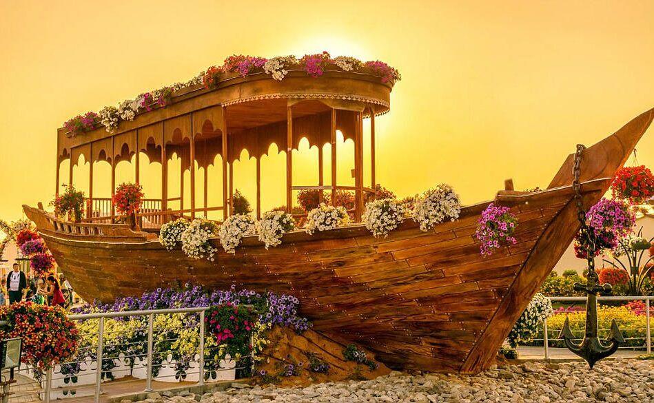 加勒比海盗船生产木制防古红头船园林景区装饰船