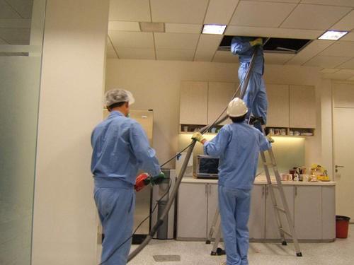 西安中央空調維修保養-東延路冷卻塔清洗公司