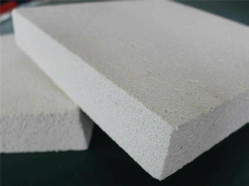 聚合聚苯板供应商哪家比较好|大连天机隔离分子聚苯颗粒苯板厂家