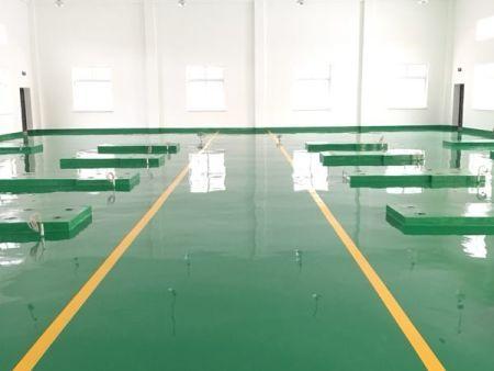 辽宁固化剂地坪相比于普通水泥地面有什么不同?