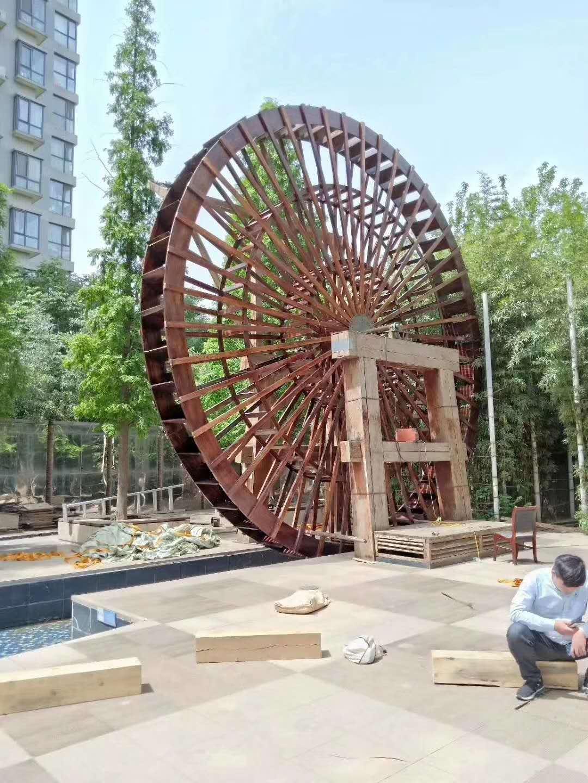 新疆防腐木水车价格-阿勒泰木质水车-阿勒泰防腐木风车制作