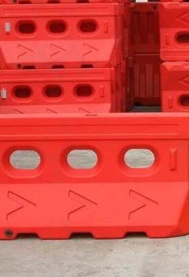 宁夏水马防撞桶厂家-宁夏防撞桶公司-宁夏防撞桶价格