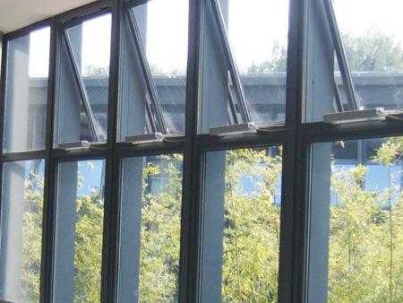 电动玻璃天窗生产厂家-单链条电动天窗生产厂家
