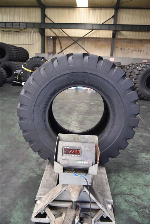 装载机轮胎-口碑好的工程机械轮胎供应商当属百顺通橡塑
