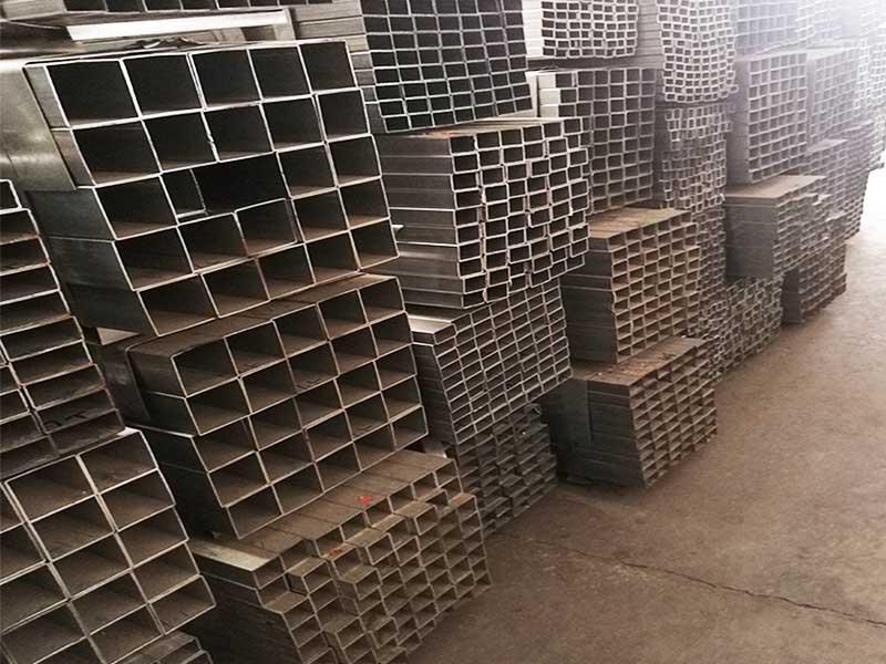 郑州镀锌方管厂家-物美价廉 欢迎选购