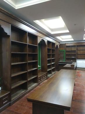 圖書室書架