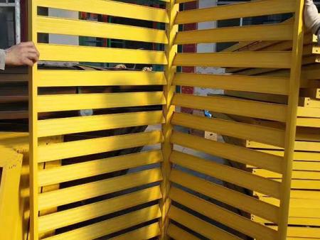 铝合金百叶窗订制-室外防护栏多少钱-室外防护栏哪家好