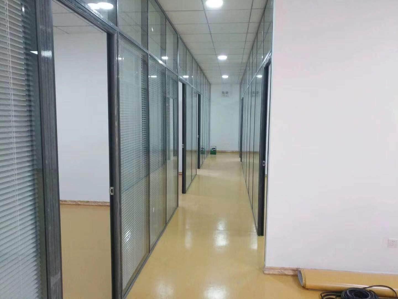 兰州玻璃隔断|甘肃隔断拆装|兰州办公隔断-就选择玻璃隔断