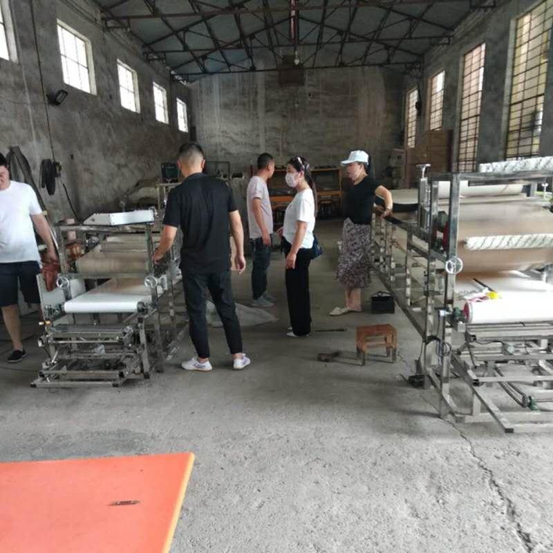 仿手工涼皮機廠家批發-選購專業的仿手工涼皮機就選中久環保機械