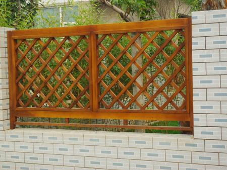 山东仿木河堤护栏-有品质的木纹树皮水泥护栏瑞泰园艺供应