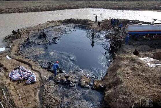 油泥煉油設備多少錢|優良的油田油泥落地油泥熱裂解煉油裝置生產廠家在河南