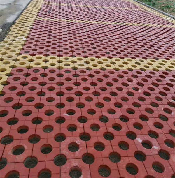圓孔草坪磚生產廠家-安徽圓孔草坪磚-菏澤圓孔草坪磚