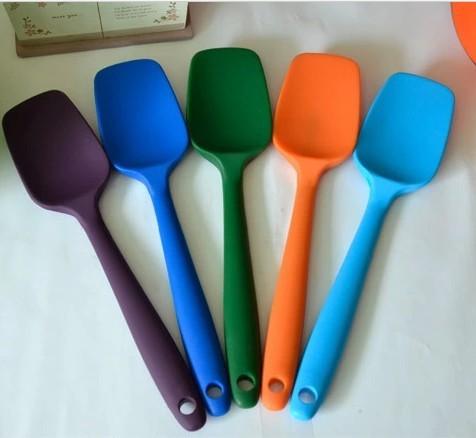 硅胶厨具怎么样-厦门定制硅胶餐具-北京硅胶餐具厂