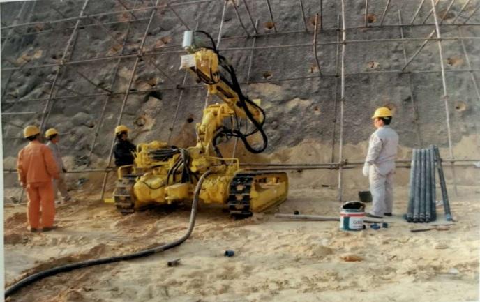 挖钻机供销-安全的履带式风动潜孔钻机推荐