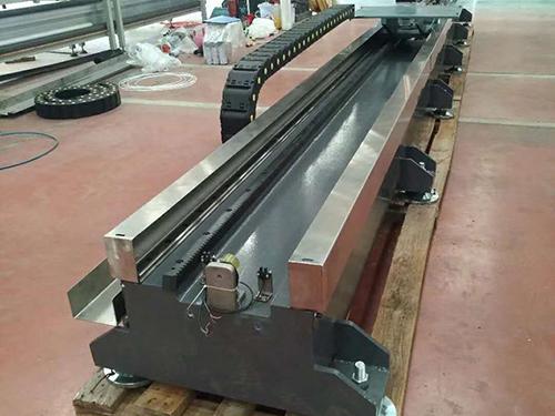 机器人行走轴-底挂行走轴生产厂家-底挂行走轴加工