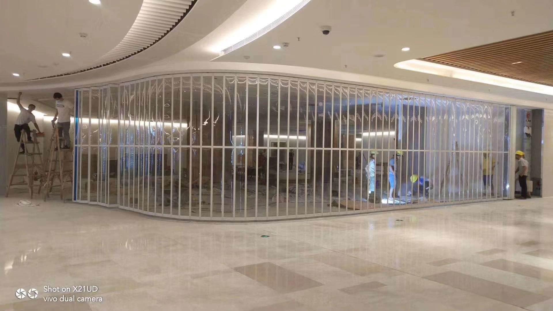 水晶折叠门制造商-西安水晶折叠门