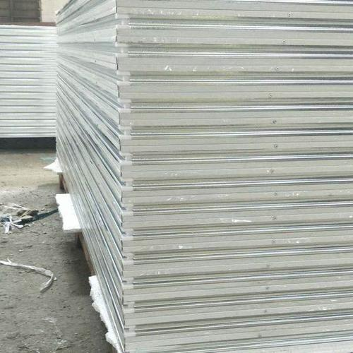 新疆净化彩钢板专用芯材订制-新疆耐用的新疆净化彩钢板专用芯材供应出售
