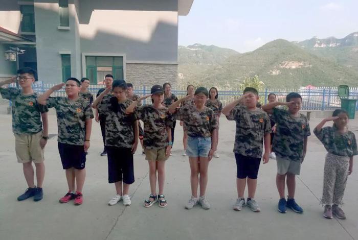 青少年训练营