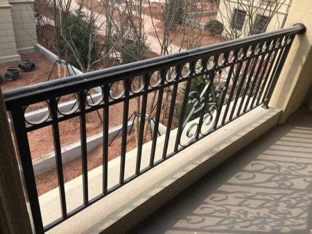 铸铝护栏安装_山东质量好的铝合金护栏批销