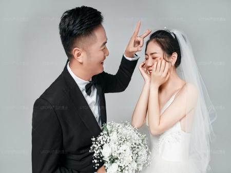 香格里拉的婚纱摄影-丽江婚纱摄影公司