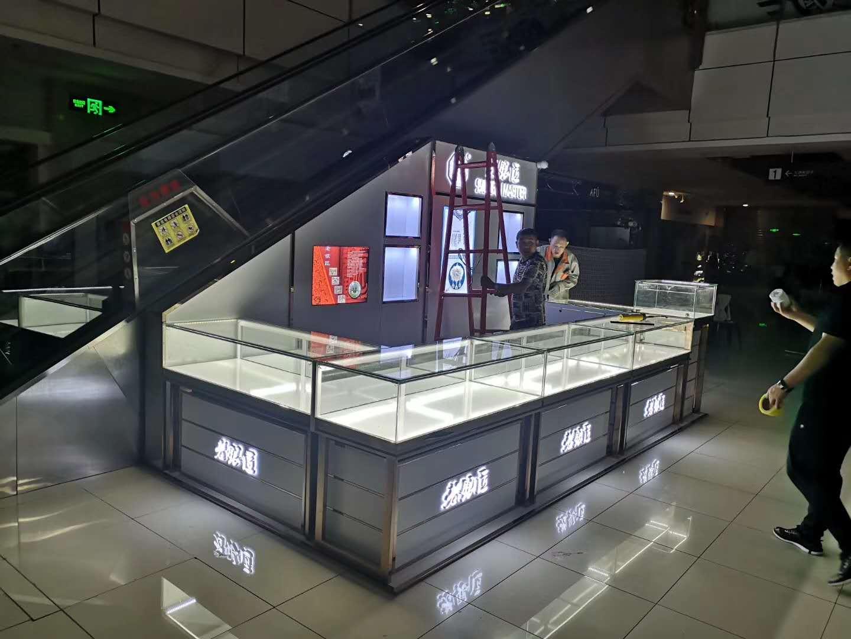 黑龙江展示柜,品牌哈尔滨钟表柜厂家_哈尔滨圣勋展柜