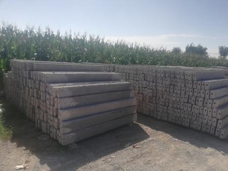 水泥立柱批发-寿光加高加厚水泥方柱-临朐加高加厚水泥方柱