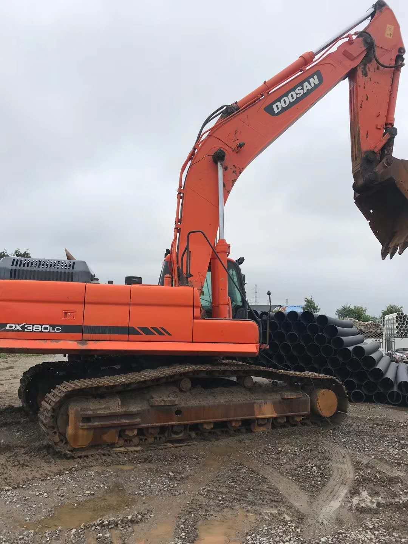 烟台专业的二手斗山挖掘机_厂家直销 周口二手斗山DX380挖掘机