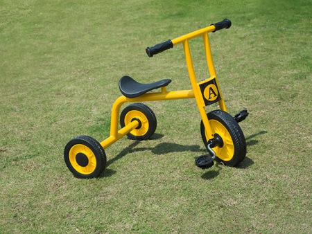北京儿童两轮脚踏车厂家童众玩具新品儿童三轮脚踏车出售