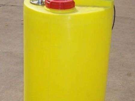 油水处理加药装置-潍坊水处理加药泵厂家