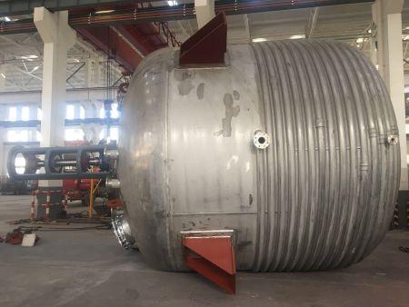 好的半盘管反应釜推荐|半盘管反应釜供销|南泉压力容器