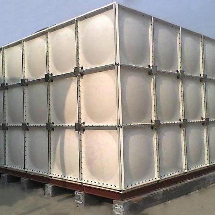 真旺厂家现货直销玻璃钢工业水箱 河北玻璃钢工业水箱价格优惠