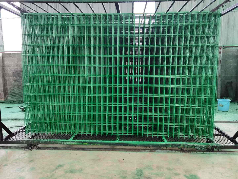 广西护栏网厂,广西铁丝围栏网安装