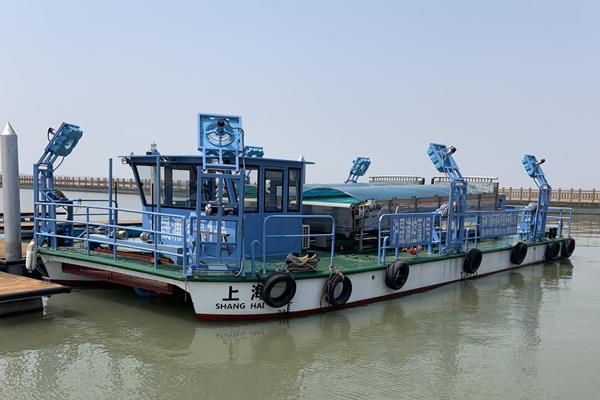大型多功能控藻船