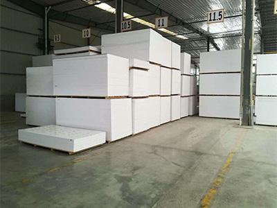 pvc彩板厂家-为您提供合格的pvc板资讯