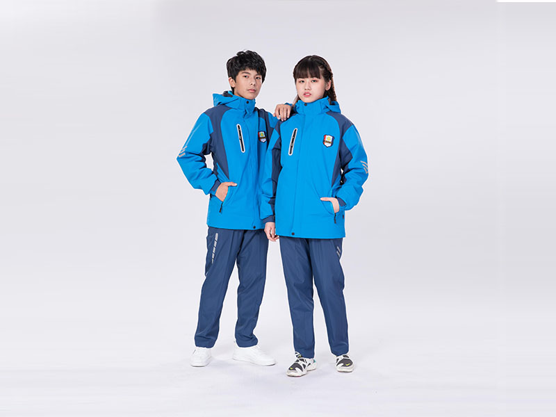 防寒校服冲锋衣品牌-新颖潮流的校服冲锋衣推荐