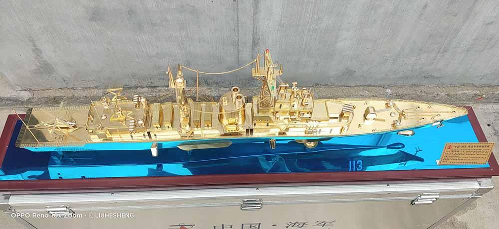 梁平军舰模型-未来航母模型-基辅航母模型