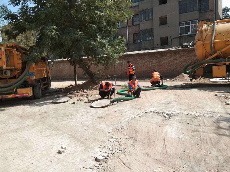 清理化粪池公司-想找可靠的化粪池清理当选河南通洁市政工程