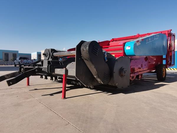 新疆残膜回收机-新疆地膜回收机生产厂家-智源农业
