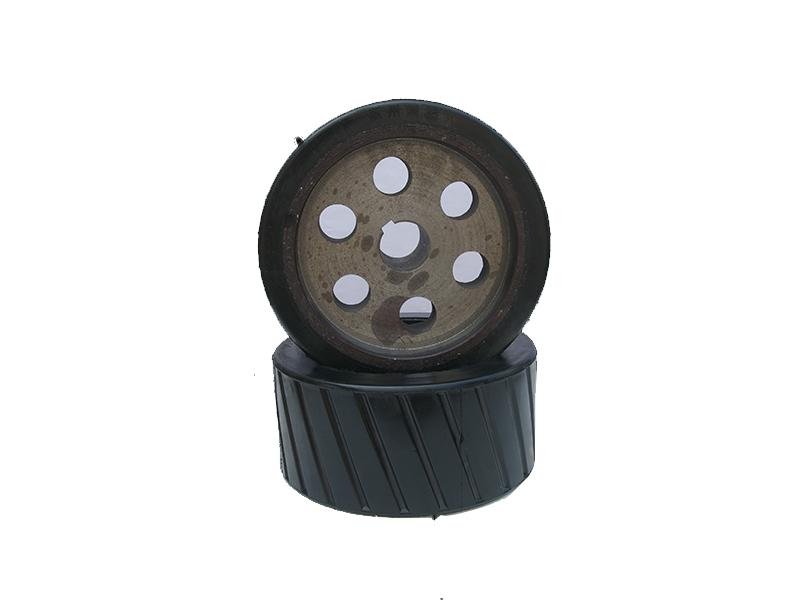 郑州胶轮厂家河南胶轮华美拖轮厂专业生产胶轮规格齐全