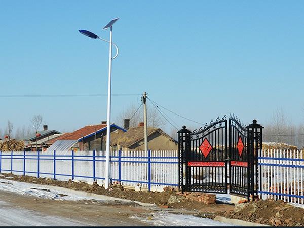 铁yi围栏厂家-想要购买性价比高的哈尔滨路灯杆找哪家
