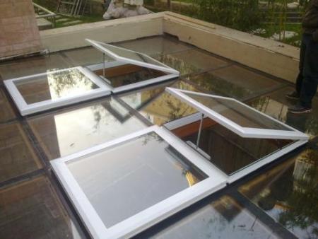 浙江铝制手动天窗订制-潍坊高品质的平移天窗