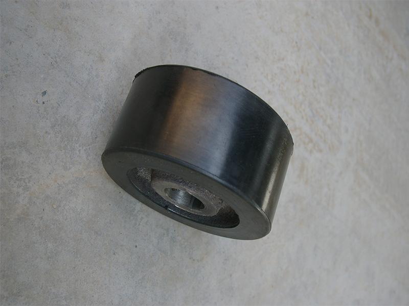 托轮厂家供应-河南搅拌机托轮规格-河南搅拌机托轮定制