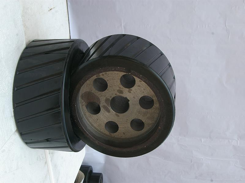 新乡胶轮|选实惠的搅拌机胶轮就到华美托轮厂