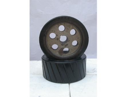 河南橡胶轮厂家 搅拌机配件摩擦橡胶轮批发 欢迎采购