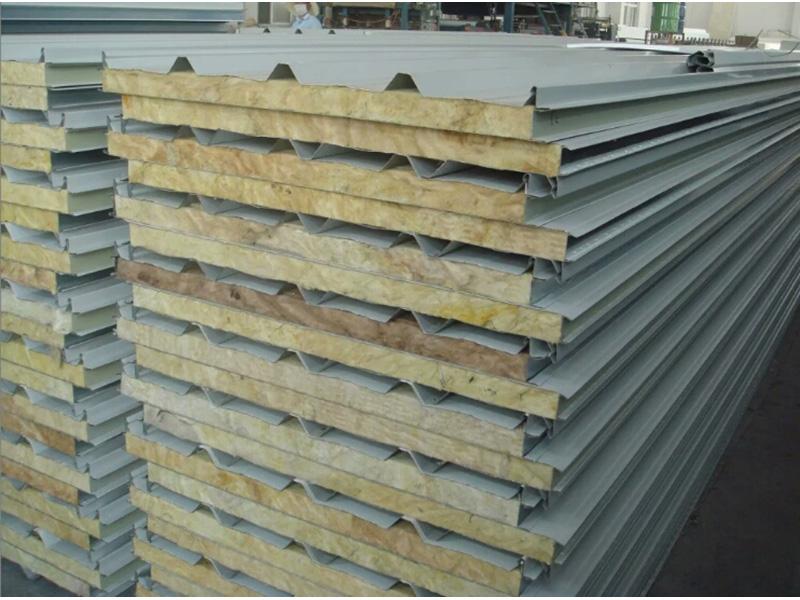嘉峪关岩棉保温板厂家-耐用的岩棉复合板甘肃佳兴伟业钢结构彩钢供应