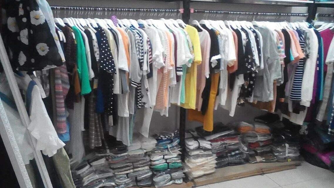 一开始卖衣服怎么进货-女装进货-批发服装