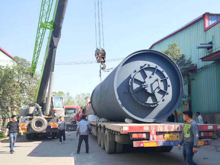 废橡胶热裂解设备多少钱一台-受欢迎的新型全自动半连续化环保废橡胶裂解设备推荐