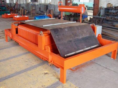 电磁除铁器公司-湖南电磁全自动除铁器-云南电磁全自动除铁器